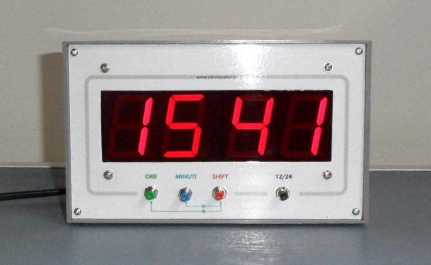 Large Digital Clock - Orologio Gigante a Display